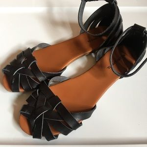 Mossimo black woven ankle strap sandals